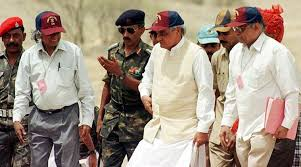 PM Atal Bihari Vajpayee at the test site in Pokhran with DRDO chief A P J Abdul Kalam (left), and AEC Chairman and DAE Secretary R Chidambaram