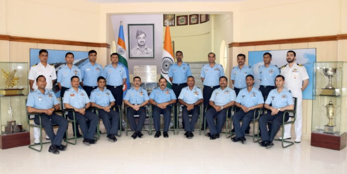 11 Test Pilots, 2 Flight Test Engineers graduate from AFTPS in Bengaluru – Indian Defence Research Wing